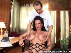 d like to fuck in nylons exposes her vagina