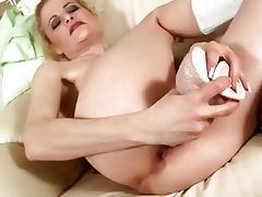 older blond copulates marital-device