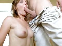 sexy mommy pounded by juvenile guy