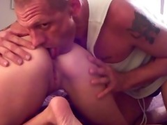 engulfing my wifes chocolate hole