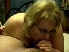 older cougar smokin oral job