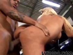 mature garage sex !!