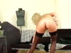 blonde d like to fuck fingering her soaked twat