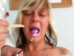 nada visits her gyno doctor for older slit