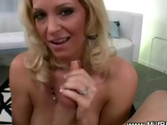 perverted mother i giving oral-stimulation and