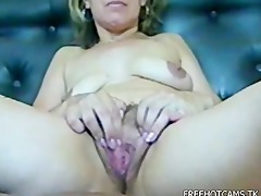 close up older pussy-stretched then fucking