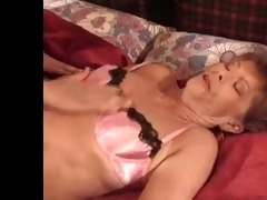 sexy mama n1198 brunette hair older d like to