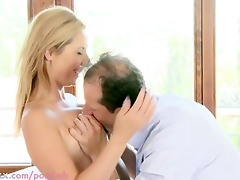 mama breasty d like to fuck acquires creampied