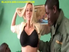 blond d like to fuck shows her engulfing ability