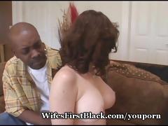 wifes fur pie squeezing dark cum out