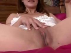 mother i closeup twat masturbation