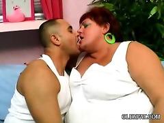wang groping aged big beautiful woman
