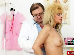 mommy receives a great gyno checkup