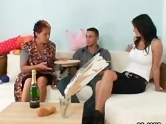 he is acquires seduced by his gfs old mommy