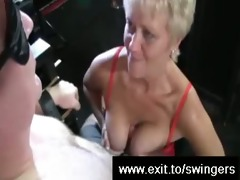 cum face for aged swinger tracey