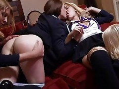 sexy lesbo d like to fuck train her fresh