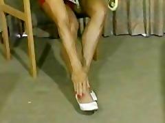 leg dream worship red shorts
