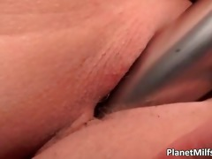 hawt breasty blond stuffing her constricted anal