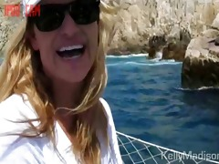 breasty wife films her crazy cabo vacation with