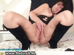 lascivious older mommy is gratifying her love