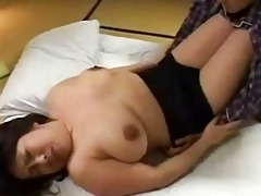 breasty bulky d like to fuck getting her milk