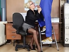 office mother i lana cox wanks off her handymans