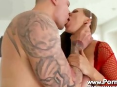 milf knows superlatively good dyanna lauren