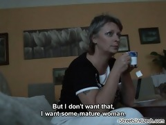 d like to fuck mama showing her large natural