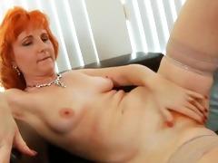 redhead d like to fuck copulates hirsute vagina