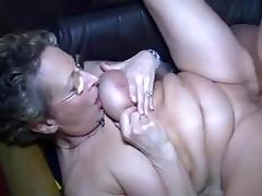 german mommy getting screwed by youthful boy