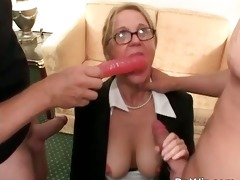 golden-haired chunky d like to fuck getting