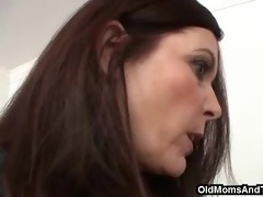 lesbo lesson from crazy stepmom