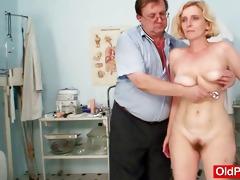 hirsute cookie lady tamara embarrassing doctor