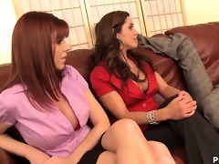 desperated hawt housewives making threesome