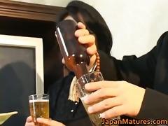 japanese mature honey has hot sex