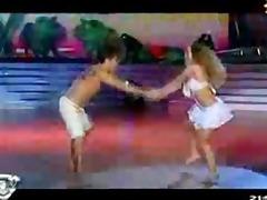 belen francese bailando lambada
