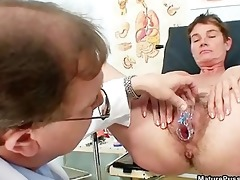 immodest older housewife getting her big part1