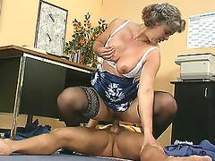 older lady boss copulates