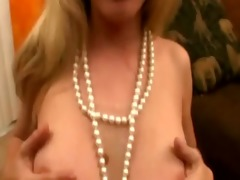 breasty older whore munching on my meat pole