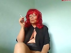 smk granny redhead