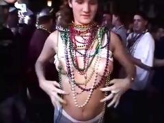 girls flashing bare in public at dream fest 9826