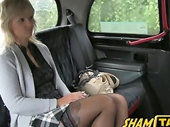 golden-haired d like to fuck acquires her