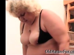 large chunky granny can masturbate with red sex