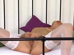 blonde mother id like to fuck fingers herself