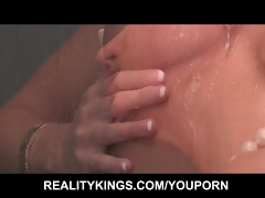 hot russian d like to fuck copulates her step