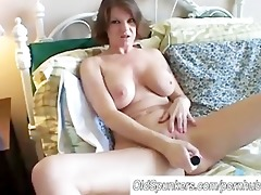 large mounds d like to fuck shaves her hawt fur