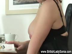 british mother i cum-hole fingering