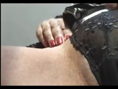 d like to fuck shows her snatch
